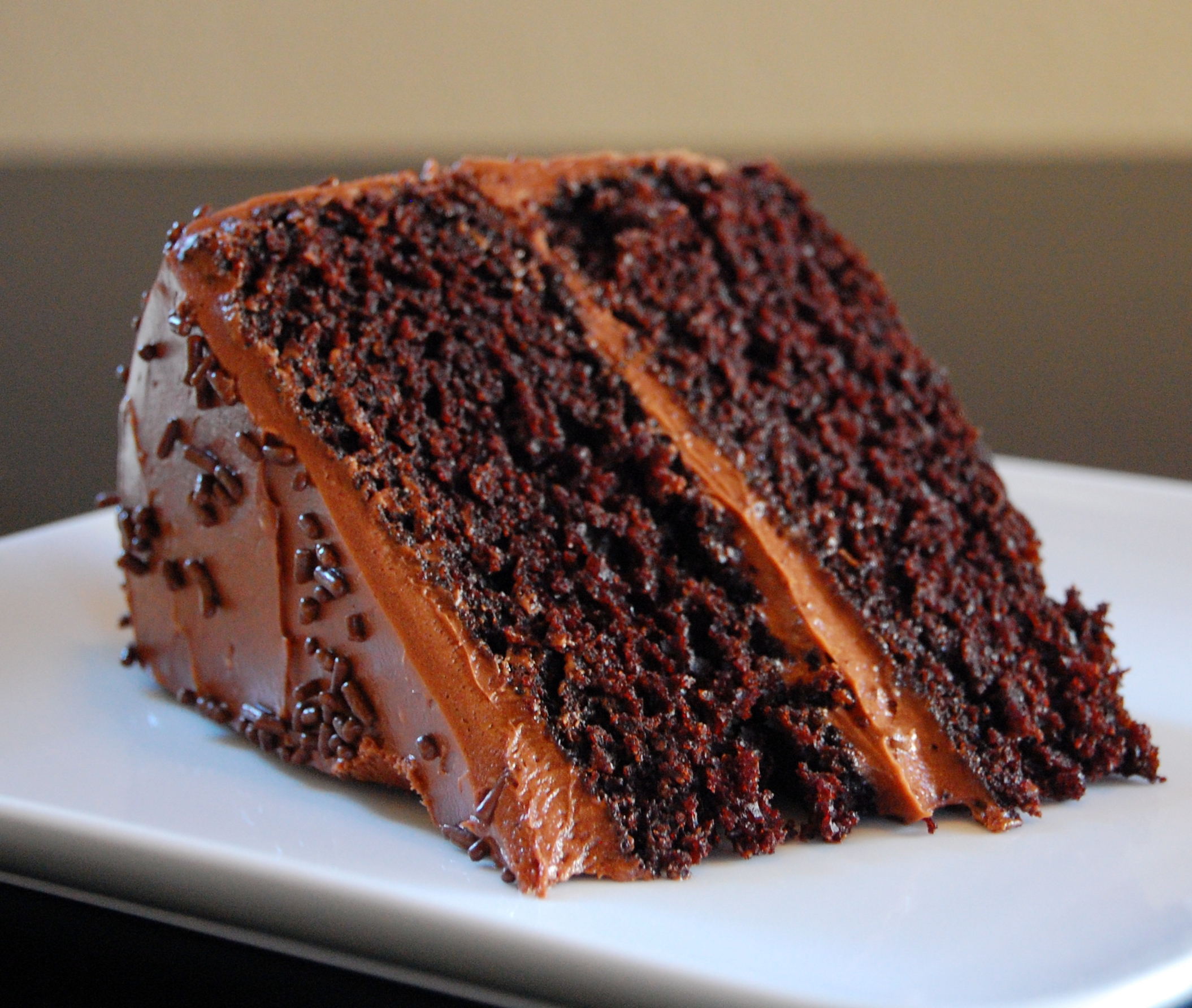 Images Of Chocolate Cake : chocolate barometer cake - how to test your new kitchen ...